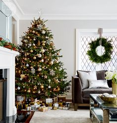 Chic and sophisticated holiday decor...silver & gold...metallic theme...