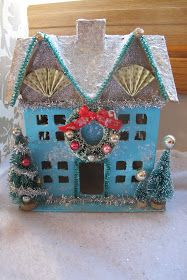I'm obsessed with glitter houses! Especially old vintage ones. I have a nice little collection of them, but I also thought it would be easy ...