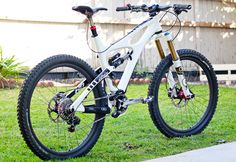 Ibis Mojo HD - bajaguy's Bike Check - Vital MTB