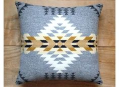 Pillow - Pendleton Wool Fabric - Native Geometric Tribal Southwest Western Arrow