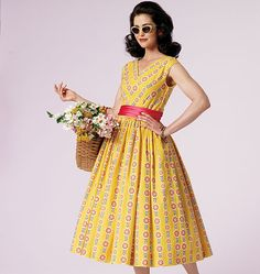 To-do: make this dress! Possibly with a slightly shorter skirt and obviously with different fabric