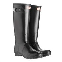 25dbb1b498a6 Black Glossy Hunter Rain Boots. Perfect for a college student in the  midwest. love
