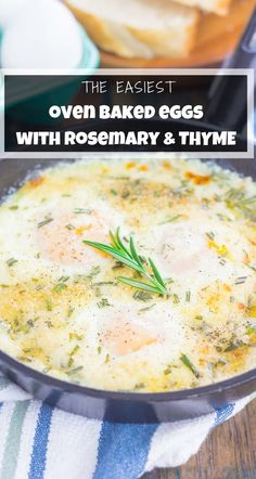 Oven Baked Eggs with Rosemary and Thyme Egg Recipes, Lunch Recipes, Summer Recipes, Salad Recipes, Baked Eggs, Oven Baked, Good Food, Yummy Food, Superfood Recipes
