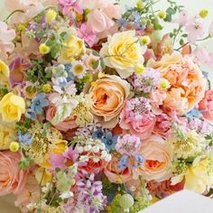 Pinned by apothecaryteaandgallery ~natalca Beautiful Bouquet Of Flowers, Beautiful Flower Arrangements, Flowers Nature, Fresh Flowers, Floral Arrangements, Beautiful Flowers, Bouquet Flowers, Wedding Bouquets, Wedding Flowers