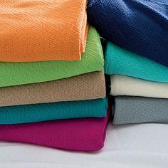Dorm Decor: Classic Cotton Blanket