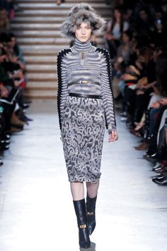 Missoni Fall 2012 Ready-to-Wear Collection Slideshow on Style.com