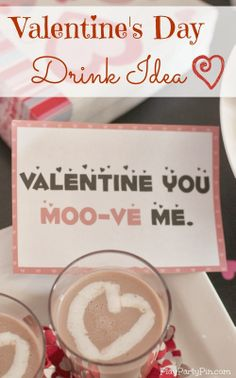 Add a whipped cream heart to #TruMoo Chocolate Milk for an easy Valentine's Day Drink #sponsored #ValentinesDay #drink #recipe