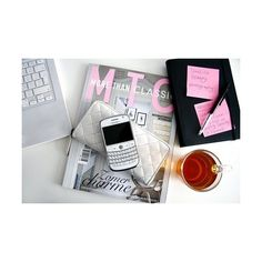 apple, blackberry, cute, fashion, love, macbook ❤ liked on Polyvore featuring backgrounds, photography, photo, pictures and pic