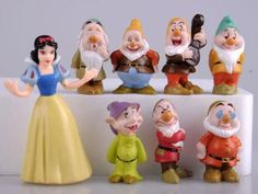 Snow White and the Seven Dwarfs Figures / Cake Topper