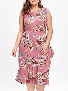 7bab9a69d6e Plus Size Tiny Floral Ruffle Overlap Hawaiian Dress - LIGHT PINK 5XL Plus  Size Summer Dresses