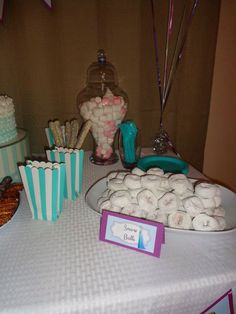"Frozen themed party ""snow balls"""