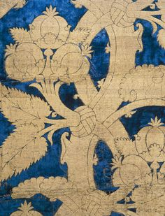 Velvet with pomegranate pattern Italy, 15th century Inv. No. 818 Among the most luxurious silk weavings in the new permanent exhibition of t...