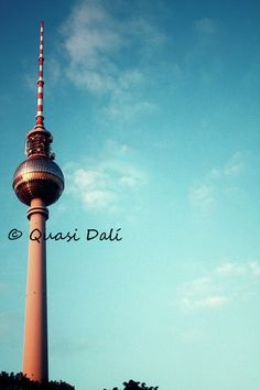 Der Berliner Fernsehturm von Quasi Dalí auf DaWanda.com