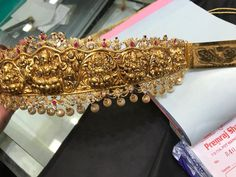 Gold Temple Jewellery, Gold Jewellery Design, Indian Wedding Jewelry, Bridal Jewelry, Indian Jewelry, Indian Bridal, Vaddanam Designs, Waist Jewelry, Gold Jewelry Simple