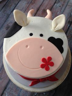 Pretty Picture of Cow Birthday Cake . Cow Birthday Cake Farm Themed Smash Cake My Cakescupcakes
