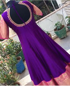Party Wear Indian Dresses, Indian Wedding Gowns, Indian Gowns Dresses, Indian Fashion Dresses, Dress Indian Style, Long Dress Design, Stylish Dress Designs, Stylish Dresses, Saree Gown