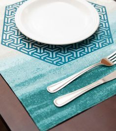 Create this hexagon placemat for a unique table setting!