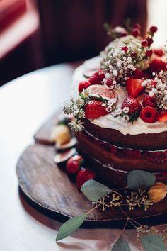 Romantic Asylum Wedding London | Photography Miss Gen | Brides Dress Laure De…