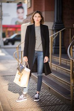 Oh Alexa Cheung, we love your laid back street style. High tops, skinny jeans with ripped knee, grey sweater and black tailored jacket and tote. You make it look so easy! #Mylifemystyle