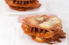 Milhojas de almendras y dulce de leche  Deleitate con este milhojas exquisito.         Foto:Estudio Cassinelli Food Styling María Robles