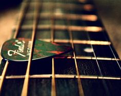 Fender de cerca