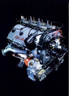 Alfa 6 engine. Synchronization of 6 dellorto carburettors was demanding.