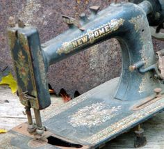 Lovely antique New Home Sewing Machine