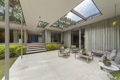 Mid Century Huston TX,Frame Harper,mid century house,mcm,mid century