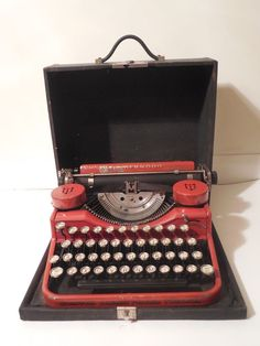 Vintage Bright Red Underwood Standard Portable Typewriter with Original Case #Underwood