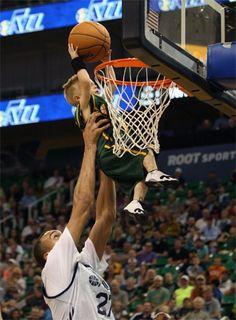 Los Utah Jazz fichan a un niño de 5 años en un gesto precioso. Conoce su historia (Vídeo) #baloncesto #basket #basketbol #basquetbol #kiaenzona #equipo #deportes #pasion #competitividad #recuperacion #lucha #esfuerzo #sacrificio #honor #amigos #sentimiento #amor #pelota #cancha #publico #aficion #pasion #vida #estadisticas #basketfem #nba