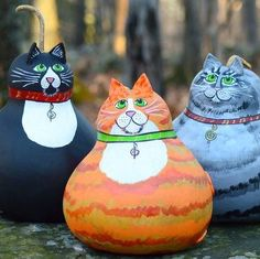 Cat gourds are getting ready for holiday party!