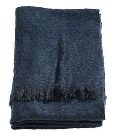 Soft Throw | Dark blue | Home | H&M US