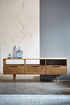 17 Ideas for apartment living room tv stand media consoles Tv Stand Modern Design, Tv Stand Designs, Tv Furniture, Furniture Design, Retro Furniture, Furniture Cleaning, Country Furniture, Plywood Furniture, Furniture Stores