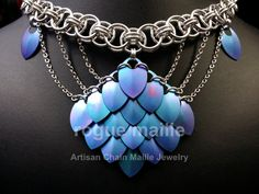 Silver Necklace Name Jewelry Crafts, Handmade Jewelry, Diy Jewelry Inspiration, Jewelry Ideas, Magical Jewelry, Chain Mail, Fantasy Jewelry, Diy Jewelry Making, Beads And Wire