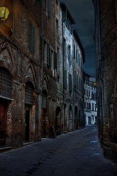 Midsummer night's dream / Siena, Tuscany, Italy