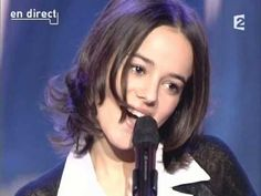 """#Alizee """"Ella, Elle l'a"""" 2003 tribute to France Gall! - simply stunning"""