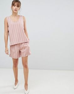 Buy Selected Femme stripe shorts Co-ord at ASOS. With free delivery and return options (Ts&Cs apply), online shopping has never been so easy. Get the latest trends with ASOS now. Mode Pop, Shorts Co Ord, Pop Fashion, Fashion Trends, Striped Shorts, Must Haves, Fashion Online, The Selection