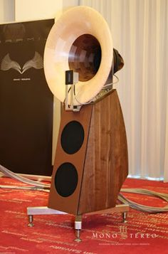 Mono and Stereo High-End Audio Magazine: ARAMIS ACOUSTIC MILAGRO