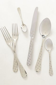 I'm a sucker for polka dots! Polka Dotted Flatware from Anthropologie Vase Deco, Anthropologie Home, Kitchen Collection, Kitchen Accessories, Kitchen Dining, Dining Room, Dining Decor, Kitchen Furniture, Kitchen Decor