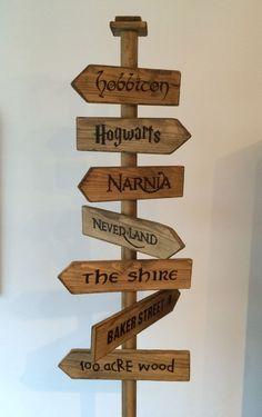 'Fantasy Street Sign' - Hobbiton Hogwarts Narnia Neverland The Shire Baker Street & 100 Acre Wood Kids Woodworking Projects, Woodworking Logo, Woodworking Techniques, Fine Woodworking, Diy Wood Projects, Wood Crafts, Woodworking Classes, Woodworking Workbench, Woodworking Hacks