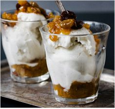 10 Ways to Use Leftover Wine - Bon Appétit Have a leftover Pinot Noir which I think would be great to make sauce or stew with, but the next time I have white wine, this ice cream topper will be my choice! Dried Cherries, Dried Apricots, Dried Fruit, Sweets Recipes, Just Desserts, Wine Ice Cream, Leftover Wine, Fruit Compote, Ice Cream Toppings