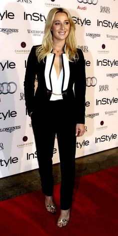 Asher Keddie - Instyle magazine - Women of Style Awards in Sydney Star Fashion, Fashion Beauty, All Things Fabulous, Beautiful Things, Hot Suit, Instyle Magazine, Red Carpet Fashion, Pretty People, Her Style