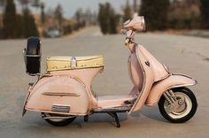 OurSanli:: Handmade Antique Tin Model Motorbike -VESPA Scooter 1955 - Handmade Tin Model MotroCycle