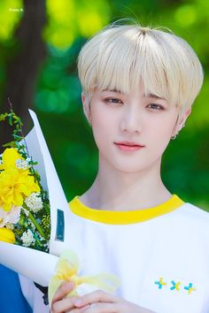190502 TXT Mini Fanmeeting (for Yeonjun) Kpop, Fandom, Wattpad, The Dream, Flower Boys, T Rex, K Idols, Pop Group, Cute Wallpapers