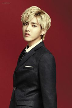 "So I had this picture of Kris as my phone background and my mom saw it and said ""Is that Jenifer Lawrence?"" No mom. Kris Wu, Exo Bts, Chanyeol Baekhyun, Cnblue, Btob, Kai, Ivy Club, Kim Jong Dae, Club Poster"