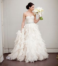 this dress is amazing. the bride looks beautiful. from style me pretty Perfect Wedding Dress, Dream Wedding, Wedding Day, Wedding White, Wedding Beauty, Wedding Photos, Bridal Gowns, Wedding Gowns, Bouquet Wedding