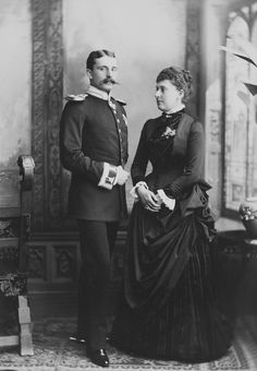 Princess Beatrice and Prince Henry of Battenberg, Darmstadt 1885 [in Portraits of Royal Children Vol.33 1884-1885] | Royal Collection Trust