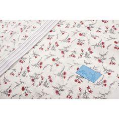 Kimono en coton fermé par une large ceinture à nouer. Elégant tout en étant confortable. A porter le soir, le matin et  même le jour.