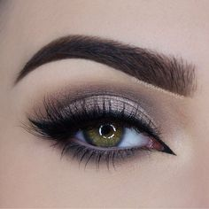 Image via We Heart It #beauty #eye #eyebrows #eyeshadow #green #hazel #makeup
