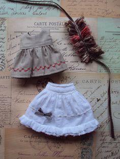 Blythe doll Ruffle Dress Set latte par moshimoshistudio sur Etsy